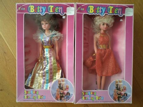 Betty Teen 12